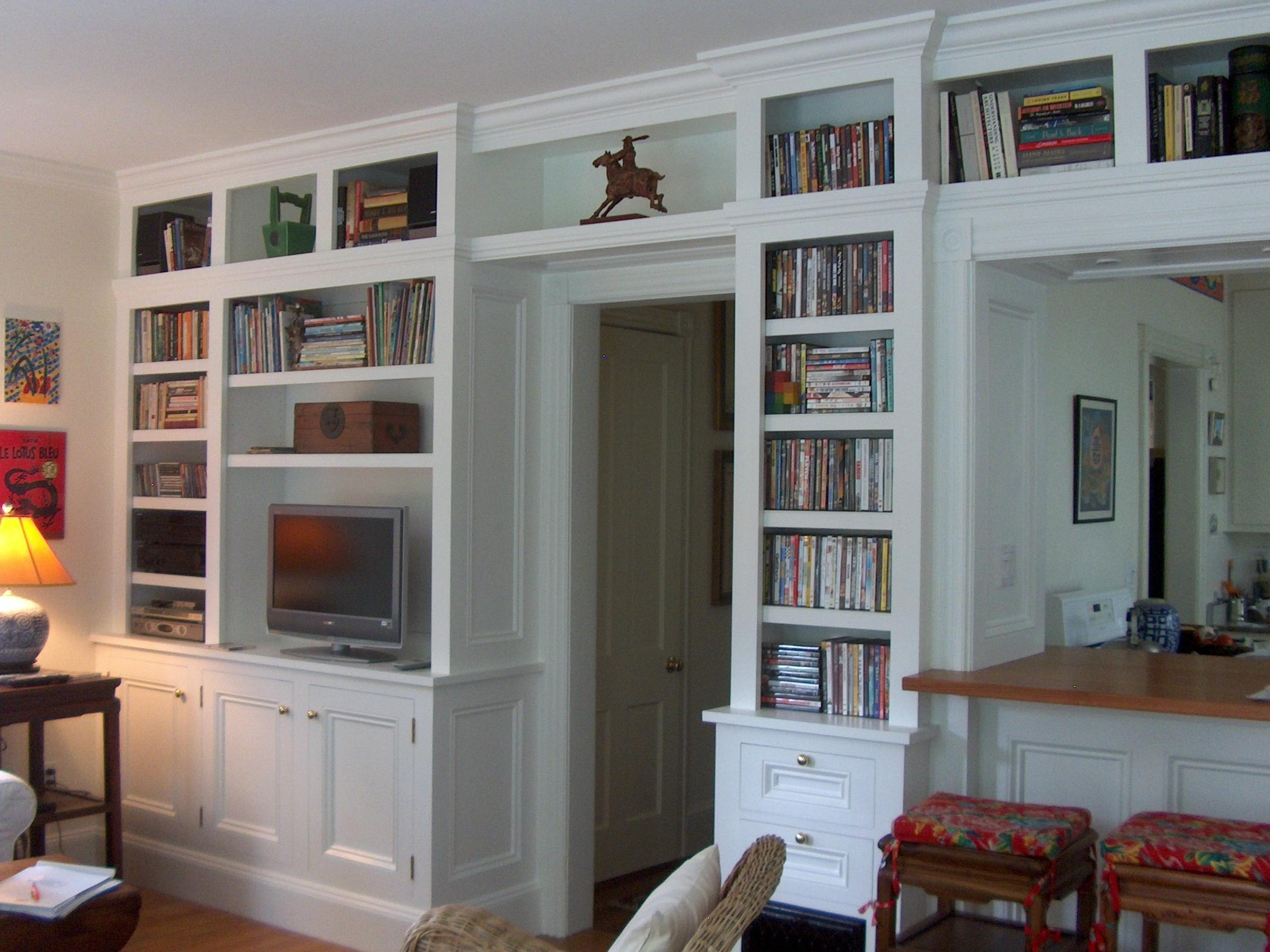 Model Media Centers Amp Bookcases