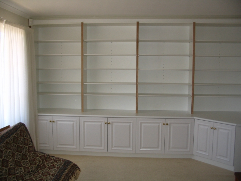Built in bookcase - London Carpentry Solutions